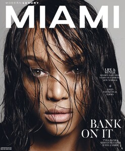 Modern Luxury Miami 920.jpg