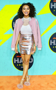 Daniella+Perkins+Nickelodeon+Halo+Awards+2017+PNE6QYyDgi8l.jpg