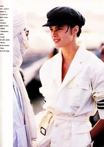 335001690_MichelleQuanMarieClaireItaliaMarch1990AriaDiMareAndreCarrara5.thumb.jpg.c595fa42aaf4588e66f7297e61f18d5a.jpg