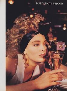 Blanch_US_Vogue_December_1986_04.thumb.jpg.5b0ec9669c776da2a64d9626aeb029f7.jpg