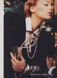 Blanch_US_Vogue_December_1986_06.thumb.jpg.e5a9a4de1a360be95e4cd4de19ec1596.jpg