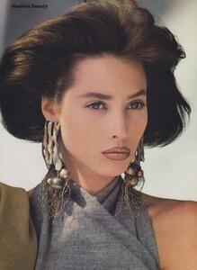 Elgort_US_Vogue_October_1986_01.thumb.jpg.d569fd33e6cdffe9e4ea81a47088dbaa.jpg