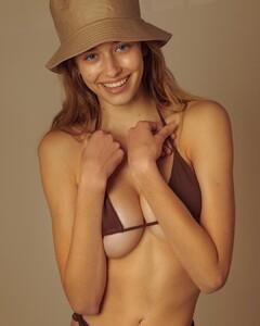 Elissa-Williams-by-Omar-Coria-34.thumb.jpg.b75aa4306c63ebeff2b7c32ea7fc046d.jpg