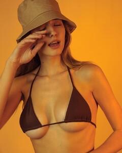 Elissa-Williams-by-Omar-Coria-4.thumb.jpg.c0ec6da348a4e9b42fd3eeda92e7526a.jpg