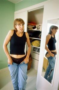 Jeans.thumb.jpg.273e7125bc97dd8089e08bc4db1b9c1b.jpg