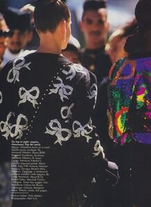 Kirk_US_Vogue_December_1988_01.thumb.jpg.3db313b438d3b96c85401c4cc9d720fd.jpg
