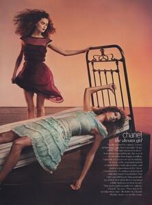 Klein_US_Vogue_March_2004_06.thumb.jpg.ee118ff43c4d39bdb4e1b7968355a681.jpg