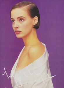 Mapplethorpe_US_Vogue_December_1988_02.thumb.jpg.aa8317298b29bafdd737afbd1f89bf69.jpg