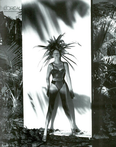 Meisel_Gianfranco_Ferre_Spring_Summer_1993_06.thumb.png.890305ffd5049e3151277cf68a457e8e.png
