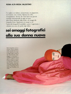 Sei_Omaggi_Bailey_Vogue_Italia_September_1984_02_01.thumb.png.18b3641fa445f04fbac8572769f177f9.png