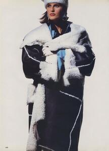 Shearling_Penn_US_Vogue_October_1986_01.thumb.jpg.48deba45e291d9e485e81182fd52a147.jpg