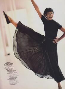 Sheer_Elgort_US_Vogue_December_1988_10.thumb.jpg.0d173de119c41e5cc3632663eaaed5e8.jpg