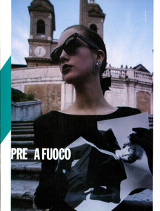 Spalle_Bailey_Vogue_Italia_September_1984_02_02.thumb.png.e1fa67d796bdcddff0add77bc09c6908.png