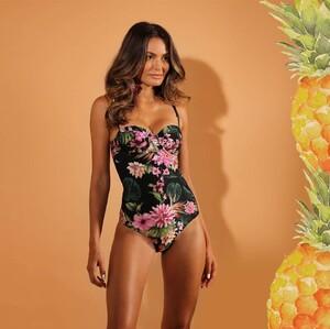 aguabrazilianswimwear_40649356_210988933175247_7193606595869835590_n.jpg