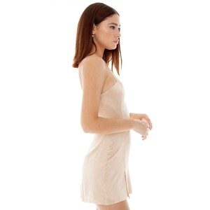 are-you-am-i_bianca-finch_faira-dress_fawn--2_2000x.thumb.jpg.d6b5c5e3db9d8dd6ec9f74bd3f3a9bf8.jpg