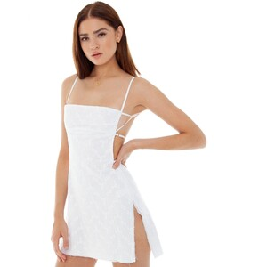 are-you-am-i_bianca-finch_missi-eyelet-dress_white--2.thumb.jpg.dde50d70b52e86f64f6f33f29f420a2d.jpg