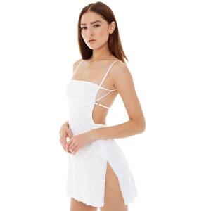 are-you-am-i_bianca-finch_missi-eyelet-dress_white--3.thumb.jpg.dd664447529684891a4bb192e936532b.jpg
