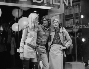 betty-catroux-yves-saint-laurent-e-loulou-de-la-falaise-london-1969-variant.thumb.jpg.17e139d74884df99587d6769aa193daa.jpg