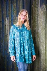 1020-Pintuck Shirt Turquoise.jpg