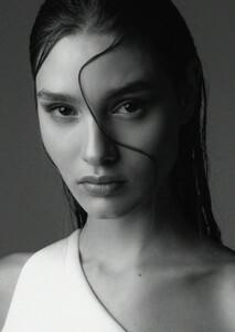 Militsa Borisova MILITSA-BORISOVA-Blow-Models00002-1.jpg