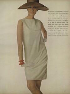 America_Penn_Penati_US_Vogue_March_1st_1966_04.thumb.jpg.8bf95a5058fbbf079c1fb837a86fcb82.jpg