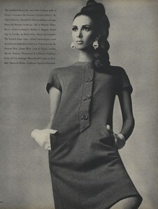 America_Penn_Penati_US_Vogue_March_1st_1966_08.thumb.jpg.bff3d09b7e343a94a62d15fde35af63c.jpg
