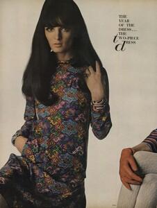 America_Penn_Penati_US_Vogue_March_1st_1966_17.thumb.jpg.4916ea9c1d523ffac7d6bc41fa3151e9.jpg