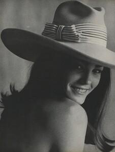 America_Penn_Penati_US_Vogue_March_1st_1966_21.thumb.jpg.ea67e5db4ec1f2ca7895f7df7ca431e6.jpg