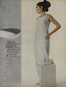 America_Penn_Penati_US_Vogue_March_1st_1966_22.thumb.jpg.2665df987dce6e42c2e88f8a8c0bcadd.jpg