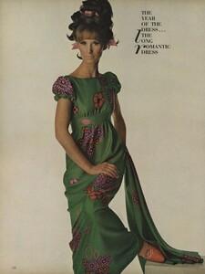 America_Penn_Penati_US_Vogue_March_1st_1966_27.thumb.jpg.36c1c0cfd1ec3a6e60cda76b87dcac3a.jpg