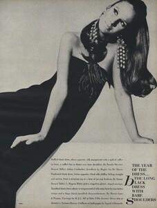 America_Penn_Penati_US_Vogue_March_1st_1966_34.thumb.jpg.fc0725ccf9647f99930141029fe015f4.jpg