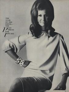 America_Penn_Penati_US_Vogue_March_1st_1966_35.thumb.jpg.c1301e7d10b12486467e964de4be0d8b.jpg