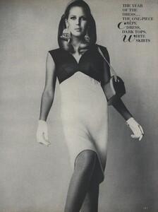 America_Penn_Penati_US_Vogue_March_1st_1966_38.thumb.jpg.5dc80a3eae4acfc0ad4b68dd70f56862.jpg