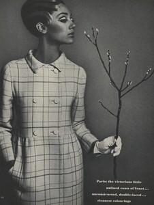 Avedon_US_Vogue_March_1st_1966_15.thumb.jpg.6d7effabba360930b26c4b068e278eec.jpg