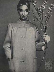 Avedon_US_Vogue_March_1st_1966_16.thumb.jpg.6c5ed04c03b4a5defaced47608c82c6e.jpg