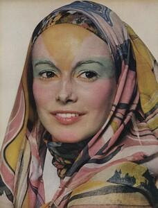 Beauty_Penn_US_Vogue_July_1970_01.thumb.jpg.9f0a9f11284a43187076854f72c852dc.jpg
