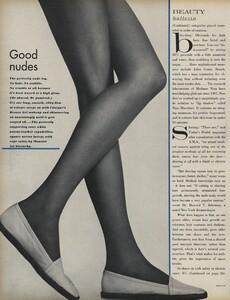 Beauty_US_Vogue_April_15th_1970_03.thumb.jpg.ab6ae6d645fdf166f39c6bf0c59073b1.jpg