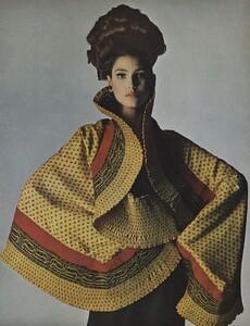 Beauty_US_Vogue_May_1965_06.thumb.jpg.67ac0161ba2e99bf2bbc7f54493091cc.jpg