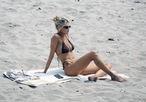 Charlotte-McKinney-Sexy-The-Fappening-Blog-4.jpg