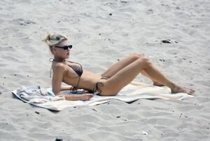 Charlotte-McKinney-Sexy-The-Fappening-Blog-5.jpg