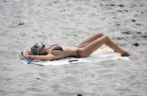 Charlotte-McKinney-Sexy-The-Fappening-Blog-8.jpg