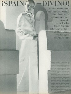 Clarke_US_Vogue_April_1st_1970_02.thumb.jpg.a26a10be1402c6316ce28ca0a3ec798f.jpg
