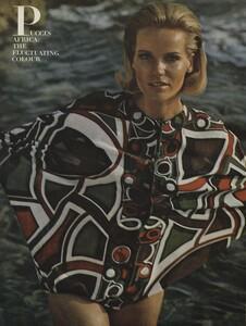 Clarke_US_Vogue_January_1st_1965_03.thumb.jpg.aec7b7f74b3c6a1fef2acd672966f5f2.jpg