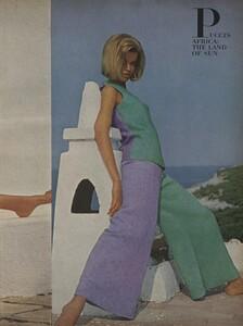 Clarke_US_Vogue_January_1st_1965_06.thumb.jpg.14838d68a60082fdd290402956794be6.jpg