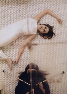EH_Meisel_US_Vogue_March_1996_02.thumb.jpg.52a0704f9f8d534f8f26bce1629d92e0.jpg