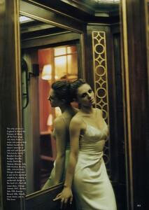 EH_Meisel_US_Vogue_March_1996_04.thumb.jpg.c69d2c1cc2fe9ab359ab9059b44d67e2.jpg