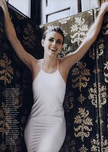 EH_Meisel_US_Vogue_March_1996_08.thumb.jpg.7a711423b205105033e091ce976ecf1f.jpg