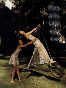Elgort_US_Vogue_February_1992_11.thumb.jpg.9d647aed4ebbd7291eb7e7f07cdc07b7.jpg