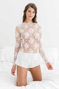 Elise_Anderegg_for_Girl_aSeriousDream_silk_shorts_ivory.jpg
