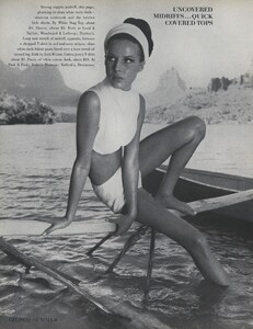 Gilded_Parkinson_US_Vogue_May_1965_05.thumb.jpg.682266aa53b42e8f22ad2230f8706907.jpg